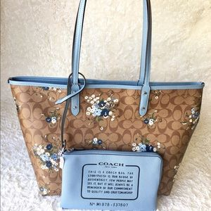 Coach Signature Floral Reversible Tote and Wallet